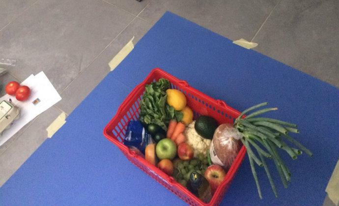 מאחורי הקלעים של צילום הסרטון. סל המזון הבריא (צילום: סוהיני טל)