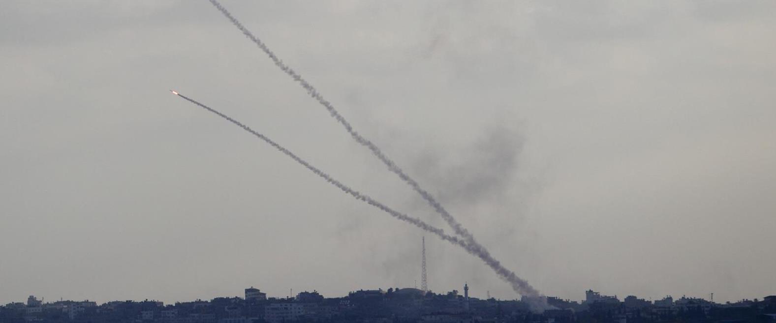 ירי רקטה לעבר ישראל