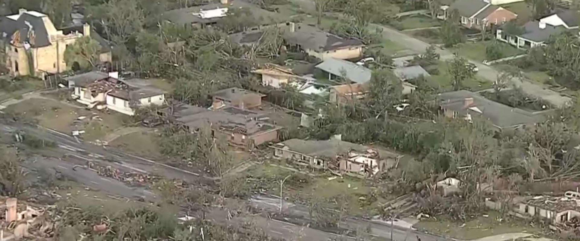 טורנדו בדאלאס: 150 אלף בני אדם ללא חשמל