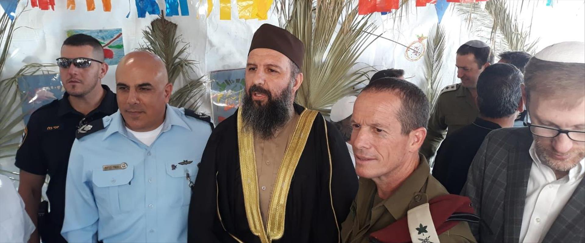 ראש מועצת אפרת הזמין פלסטינים לסוכתו