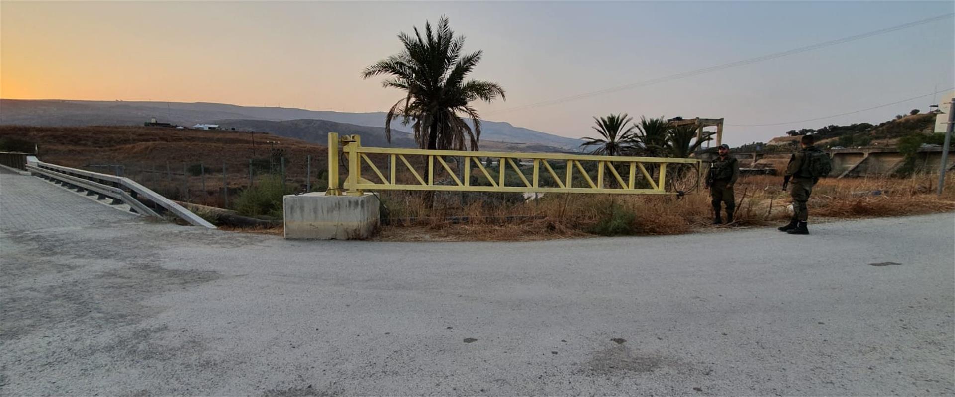 """חיילי צה""""ל סוגרים את שער המעבר לאי השלום, היום"""