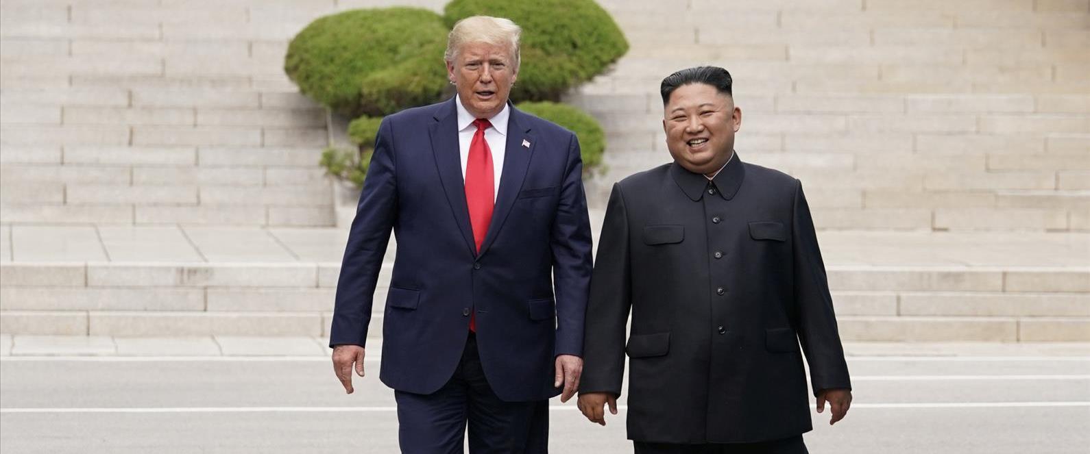 דונלד טראמפ וקים ג'ונג און באזור המפורז 30.06.19