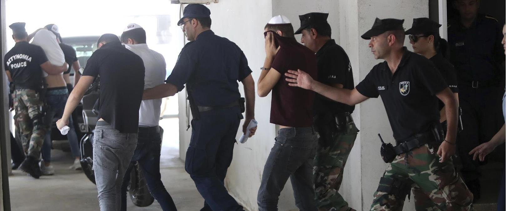 כמה מהחשודים בקפריסין, בשבוע שעבר
