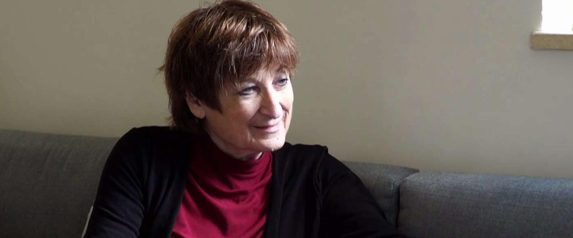 גלילה רון פדר עמית חוגגת 70 וממשיכה לרגש ילדים