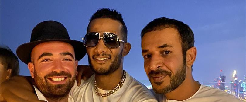 עומר אדם והזמר המצרי מוחמד רמדאן
