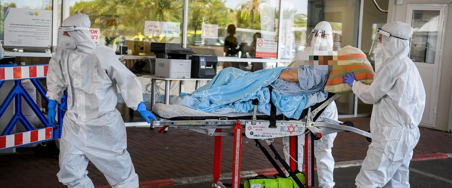 חולה מועבר לבית חולים