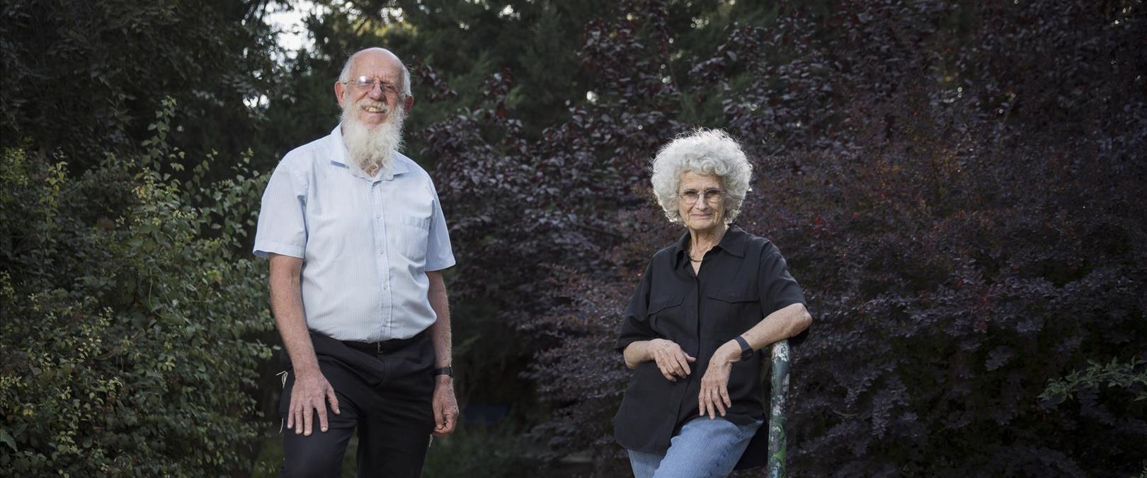 פרופסור רות גביזון והרב יעקב מדן