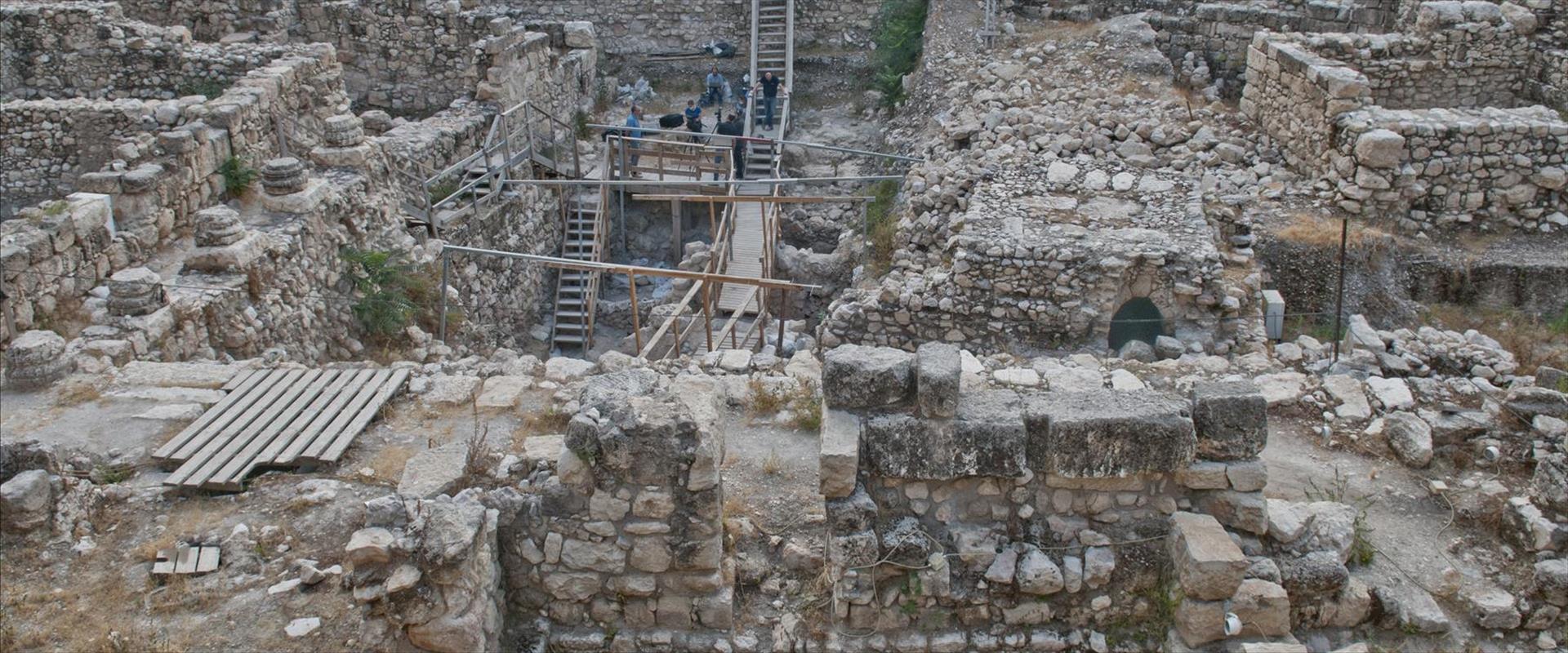 אתר החפירות בחניון גבעתי