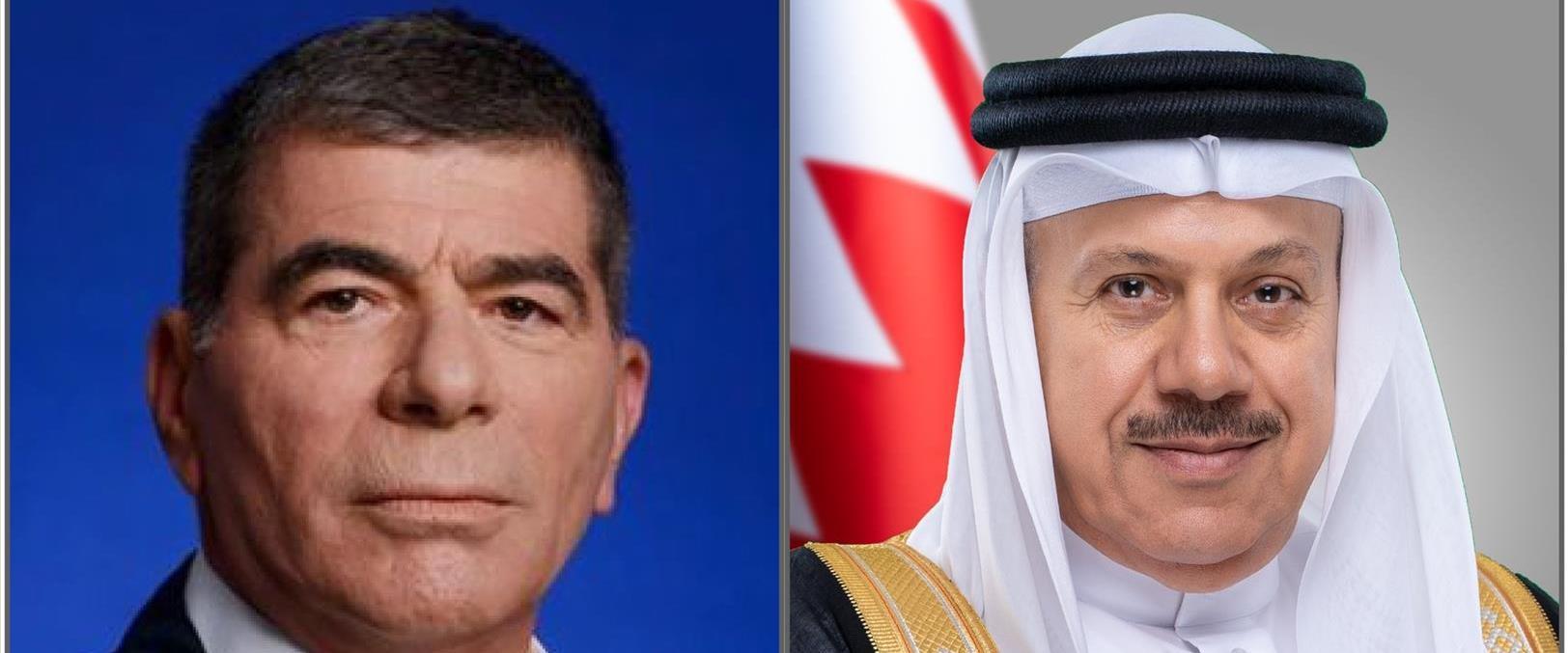 שר החוץ גבי אשכנזי ומקבילו הבחרייני