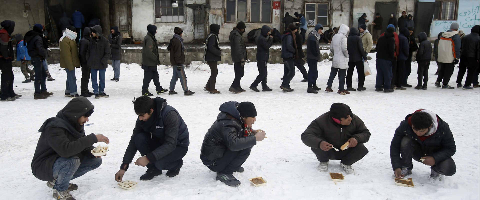 מהגרים בשלג בסרביה