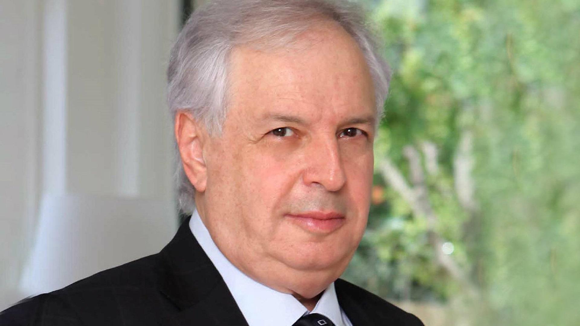 """יו""""ר בזק שאול אלוביץ'"""