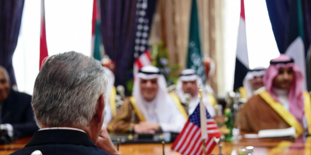 מדכיר המדינה האמריקני בפגישה עם שרי חוץ ערביים, בי