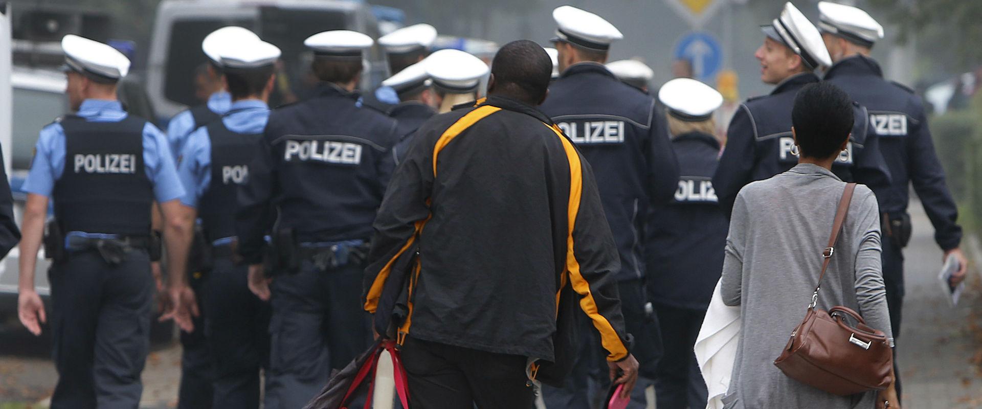 משטרת פרנקפורט באזור בו נמצאה הפצצה