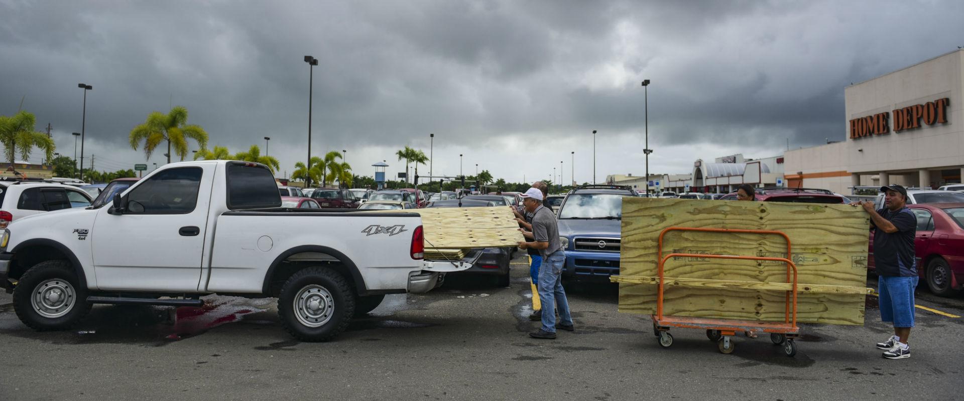 """היערכות לסופה """"אירמה"""" בפורטו ריקו"""
