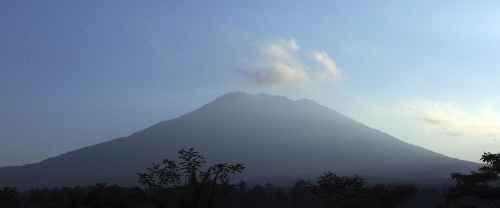 הר הגעש אגונג שבבאלי, אינדונזיה
