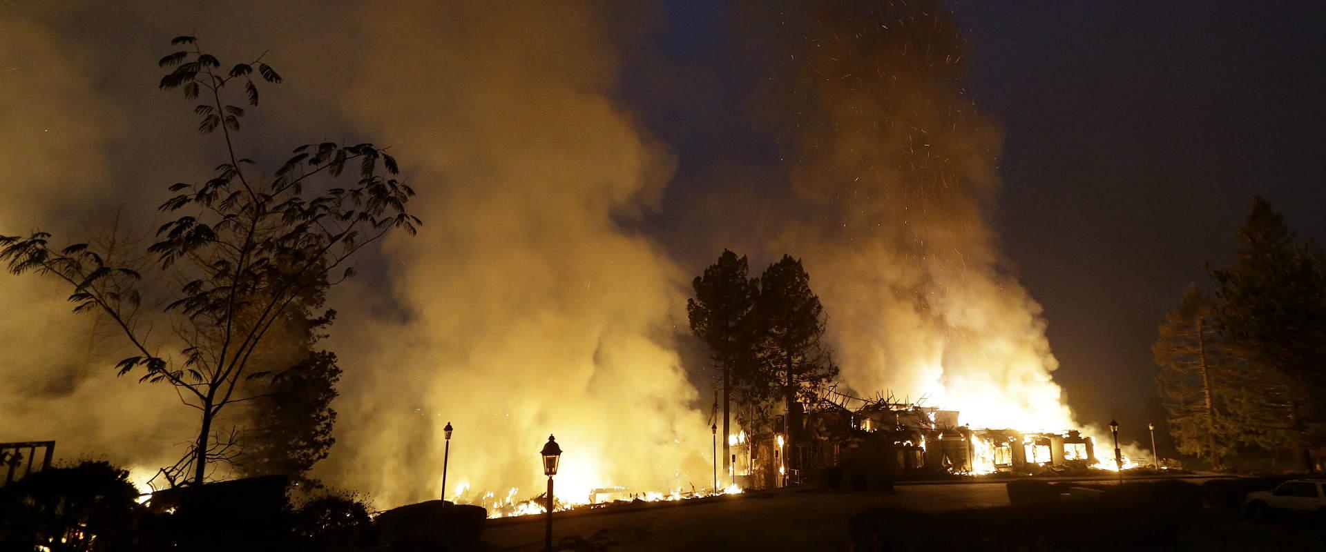 שריפה בסנטה רוזה, הלילה