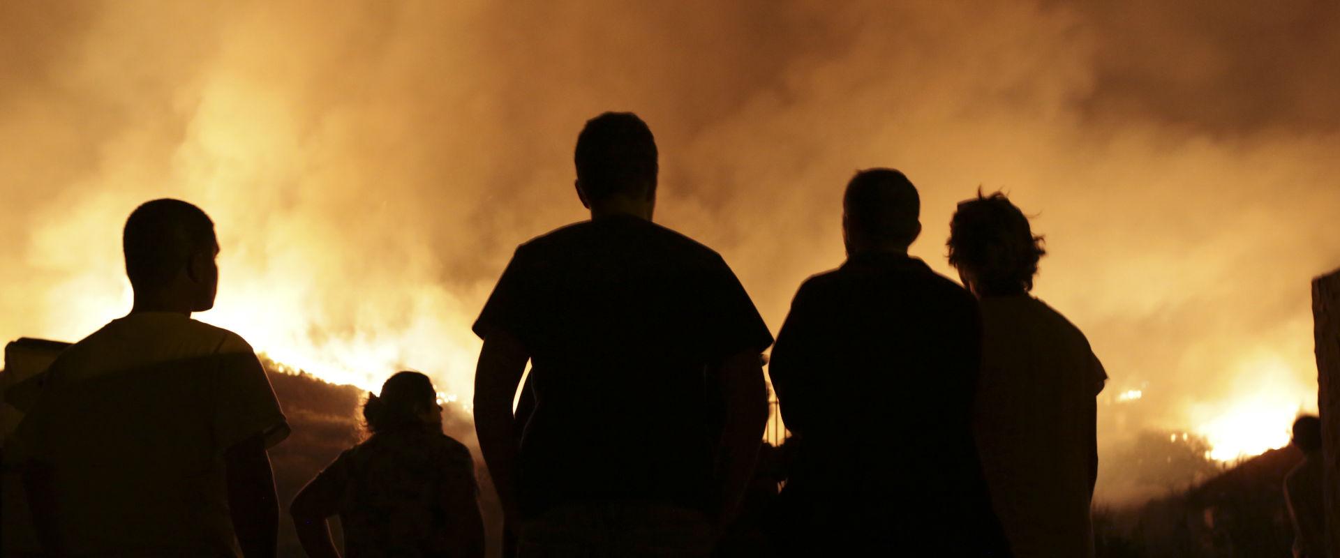 שריפה בפורטוגל, לפנות בוקר