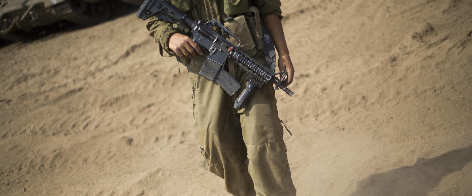 """חייל צה""""ל (למצולם אין קשר לנאמר בידיעה)"""