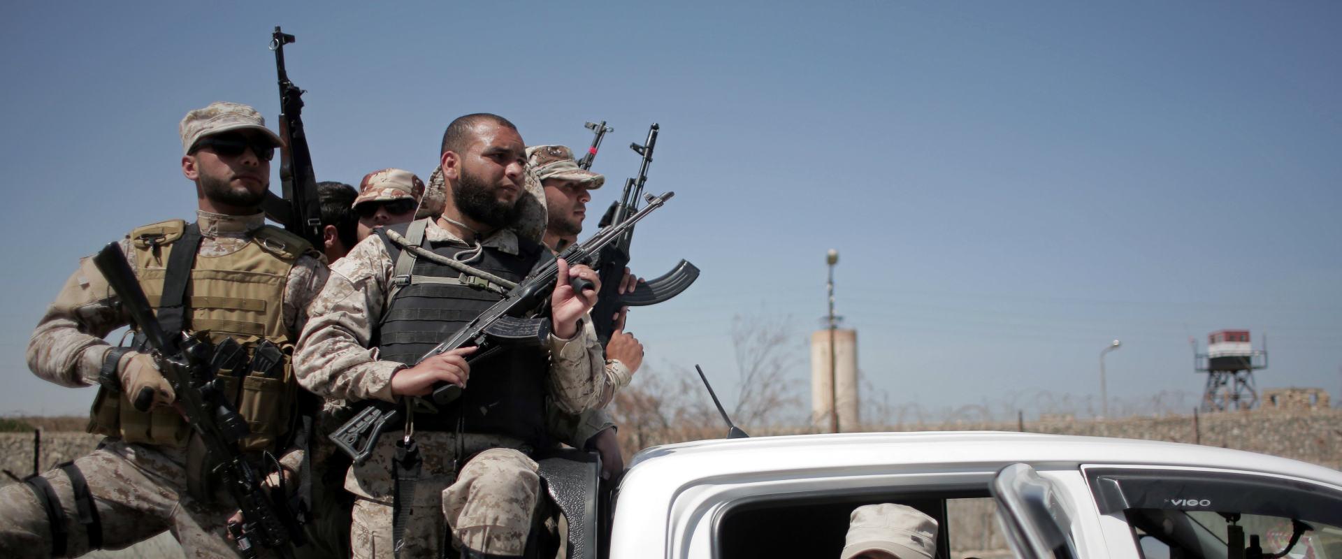 פעילי חמאס במעבר רפיח (ארכיון)