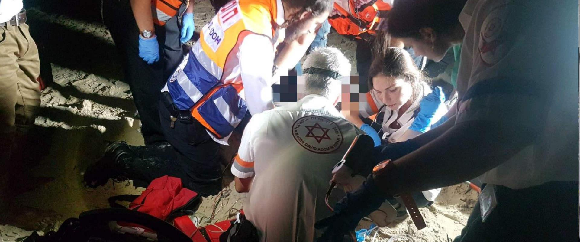 זירת נפילת הנער בחוף סירונית בנתניה