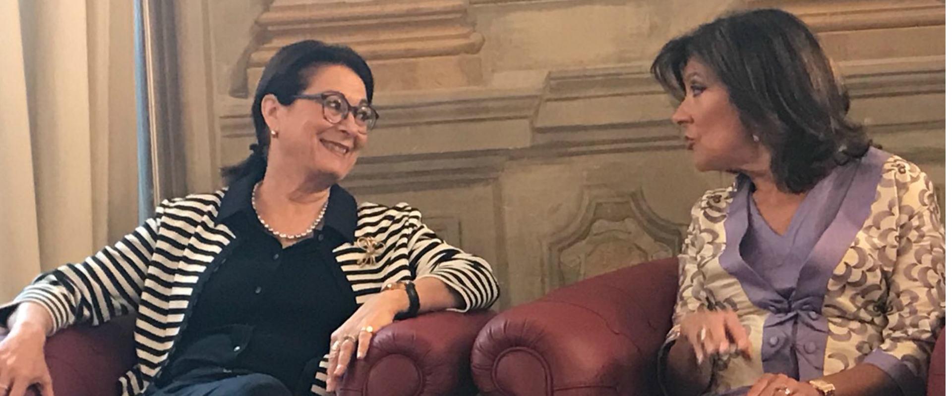 אסתר חיות ונשיאת הסנאט האיטלקי