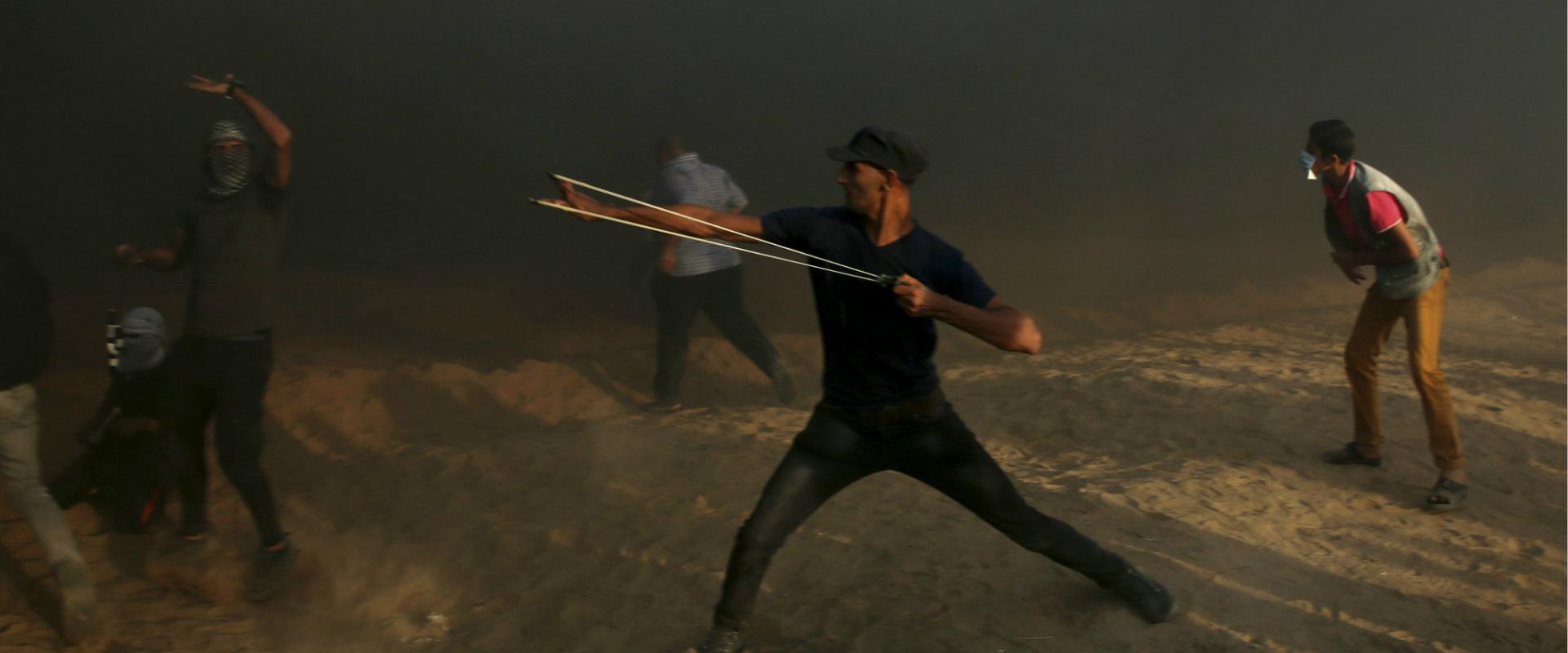 הפרות הסדר האלימות בגבול עם רצועת עזה