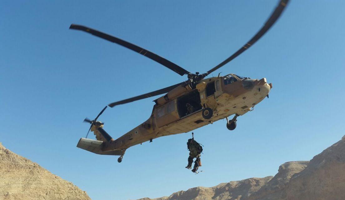 צוות יחידת חילוץ ערד (צילום: מיכה בן גיגי)